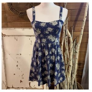 Forever 21 blue and white floral knit dress